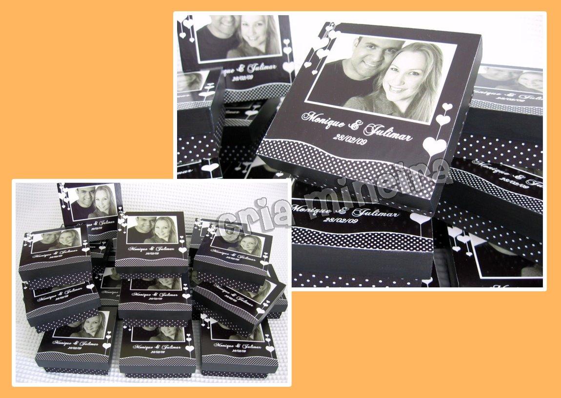 caixas personalizadas com foto do casal na tampa revestida de tecido #C96E02 1150x817